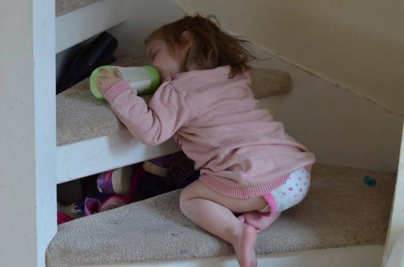 12 Hilarious Photos that Prove Kids will Sleep Anywhere, 13592548 909547209157263 5793937134347761375 n 800x530%, 2-3%