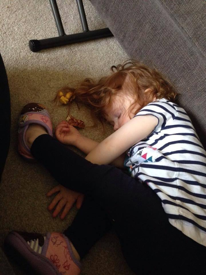 12 Hilarious Photos that Prove Kids will Sleep Anywhere, 13592792 10153685752706088 5809706386748324412 n%, 2-3%