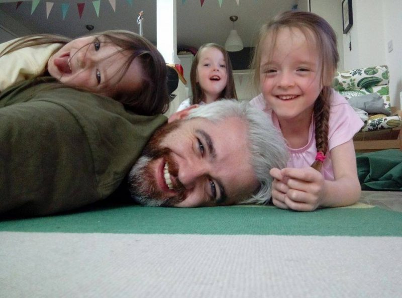 50 Honest selfies that sum up what it's like being a dad, 26055623 1425834550872173 388867279039189527 n 800x593%, daily-dad%
