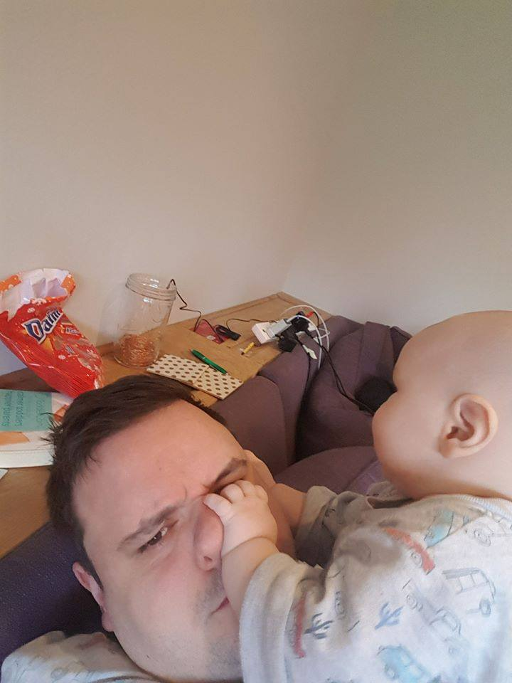 50 Honest selfies that sum up what it's like being a dad, 26166010 10157220255062575 3555962287547632420 n%, daily-dad%
