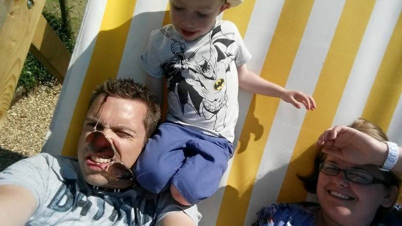 50 Honest selfies that sum up what it's like being a dad, 26166823 10159744580965153 8298091484600929487 n 800x450%, daily-dad%