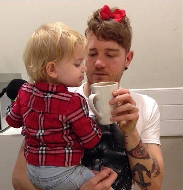 50 Honest selfies that sum up what it's like being a dad, IMG 9689%, daily-dad%